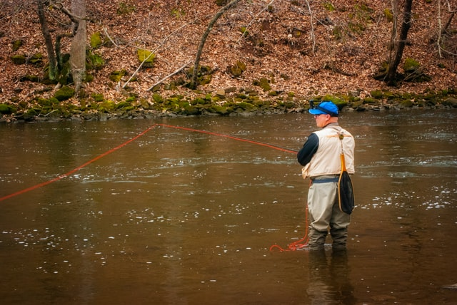 Best Waders for Fishers - man wearing wader